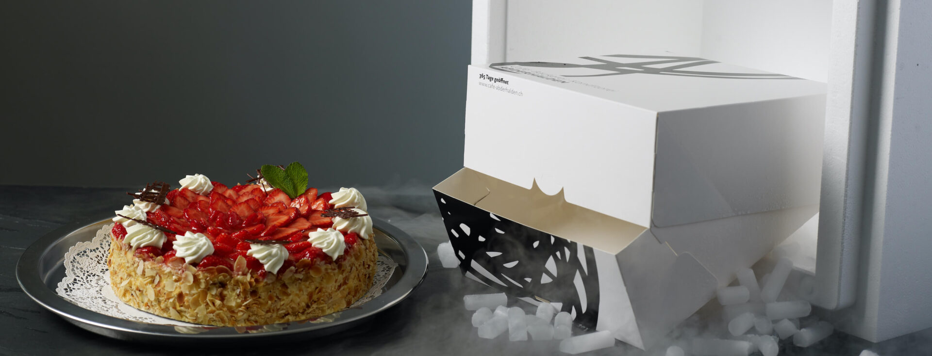 Erdbeertorte versand kuchen gekühlt polarjet trockeneis